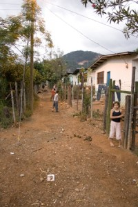 The relocated community of San Andres, Honduras. Photo by Edgar Orellana / Oxfam America